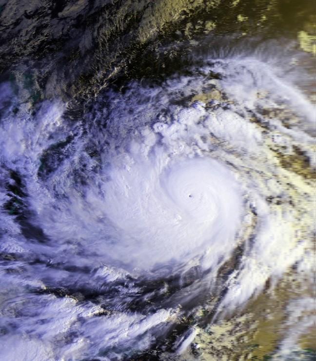 Typhoon_Mike_11_nov_1990_2221Z