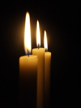 candle-179298_640