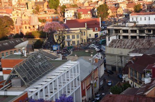 Article : Écouter Antananarivo sur RFI avec Lay Corbeille