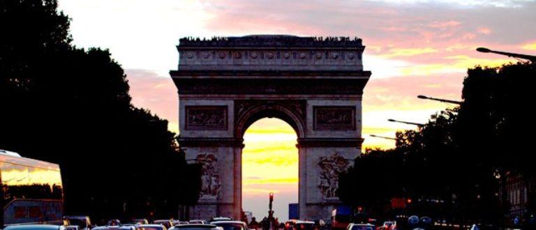 Article : Aller à Paris, années 1980 vs 2010